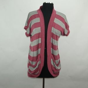 NWT Pink and White Shrug w Pockets XL
